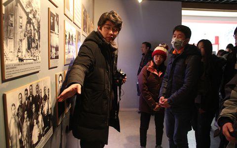 六台宝典图库青年参访宋庆龄故居